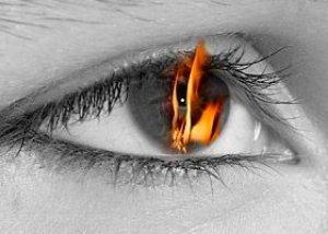 Cum să eliminați praful din ochi